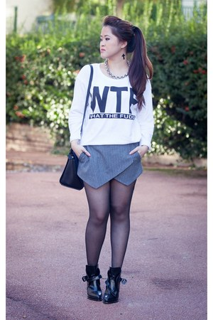 black leather Zara boots - blue leather Michael Kors bag - gray wool Zara shorts