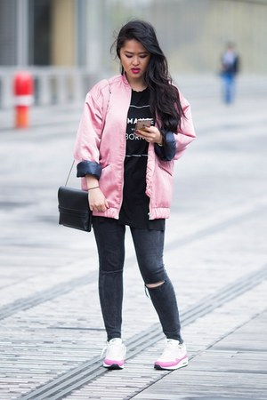 pink satin Mango jacket - black denim Zara jeans - pink leather nike sneakers