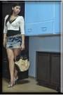 Printed-snake-shoes-sexy-skirt-cmg-bag-maldita-blazer-forever-21-accesso