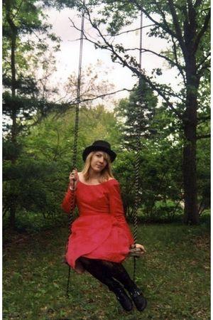 red vintage dress - black Nine West boots