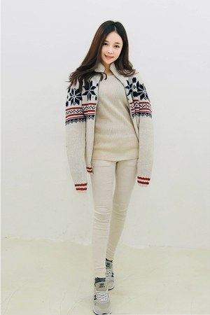 eggshell yubsshop sweater - ivory yubsshop pants - navy yubsshop cardigan