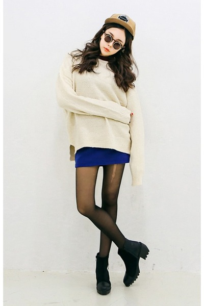 blue knit mini skirt yubsshop skirt - black yubsshop boots - camel yubsshop hat