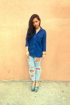 sky blue boyfriend BDG jeans - navy chambray madewell shirt
