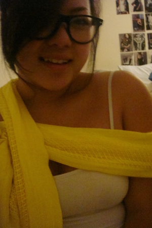 Wet Seal scarf - Forever21 top - Forever21 glasses