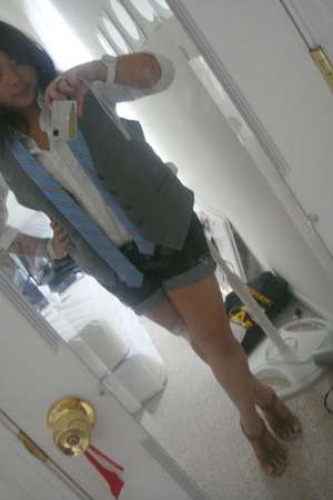 vest - forever 21 shirt - Charlotte Russe shoes - American Eagle tie - accessori