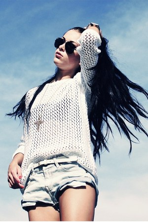 white Topshop jumper - jean shorts H&M shorts - aviator Ray Ban sunglasses