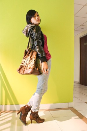 black miami beach jacket - ruby red cosco top - periwinkle jeans - brown leopard