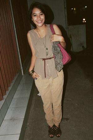 ruby red Charles & Keith bag - tan Zara pants - black YSL heels - camel Zara top