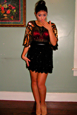 nude patent leather heels - black blouse - red arie bra
