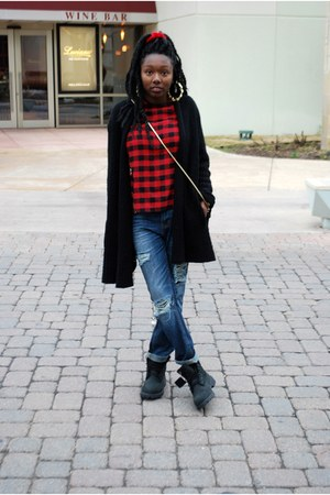 ruby red tartan Choies top - black Timberland boots