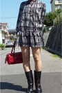 Black-comme-ca-du-mode-dress-black-nine-west-boots-red-kate-spade-purse