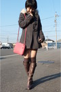 Gray-max-co-coat-gray-untitled-boots-gray-socks-pink-bottega-veneta-purs