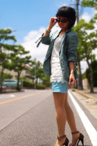 white lace top - sky blue blazer - sky blue H&M shorts - brown heels