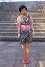 Navy-paisley-tomorrowland-dress-pink-jill-stuart-scarf-light-pink-cardigan