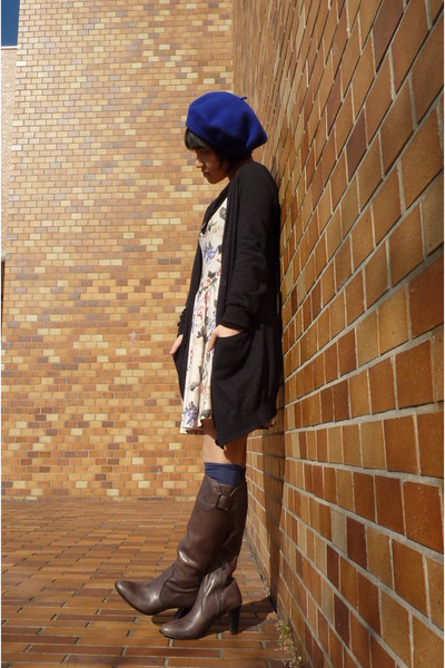 floral Topshop dress - blue socks - blue beret Accessorize