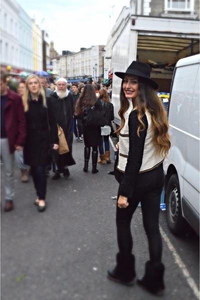 wool H&M hat - fur Ugg boots - Motel Rocks leggings - Mango blazer