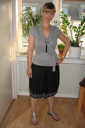 H&M sweater - Promod skirt