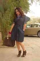 brown Nine West shoes - blue Forever 21 dress - brown LV purse - blue H&M scarf