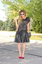 black leather skirt AX skirt - black Forever 21 bag - black JustFab pumps
