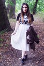Black-beatles-primark-t-shirt-white-thrifted-skirt