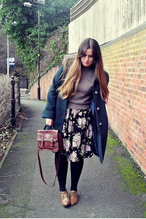 dark brown Primark bag - tan brogues Primark shoes - light brown Topshop sweater