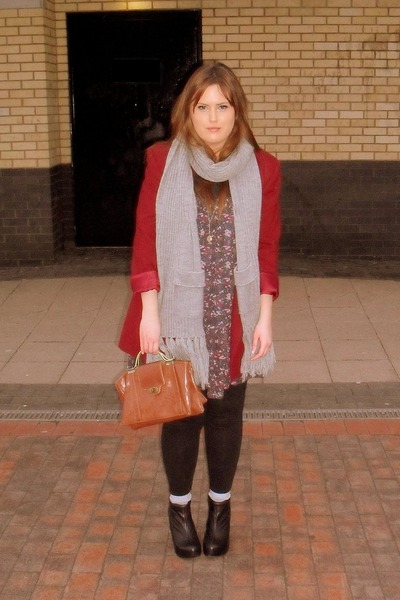 black Aldo shoes - gray River Island scarf - purple Newlook dress - red vintage