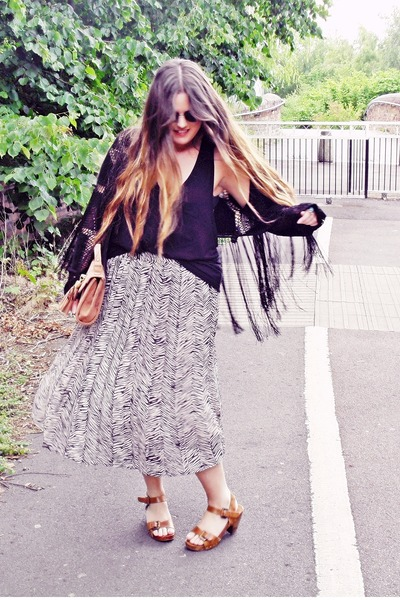 black fringed Topshop jacket - heather gray pleated thrifted skirt - black t by