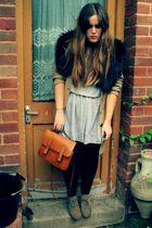 black H&M scarf - beige asos boots