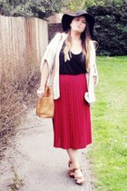 black TK Maxx hat - tan vintage bag - beige Topshop cardigan