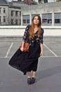 Black-primark-jacket-burnt-orange-thrift-purse-black-zara-clogs-black-shee