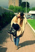 beige H&M sweater - blue H&M jeans - beige asos boots