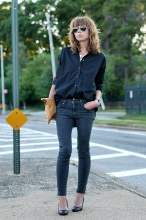 black oversized madewell shirt - dark gray skinny James jeans