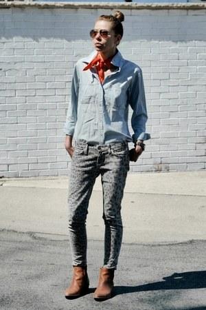 Current Elliott jeans - madewell shirt