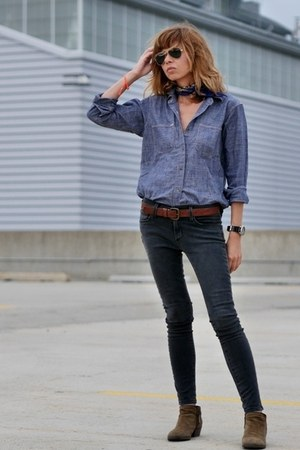 blue denim madewell shirt - gray skinny James Jeans jeans