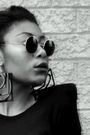 Black-oasis-dress-black-flea-market-in-toronto-sunglasses-black-dorothy-perk