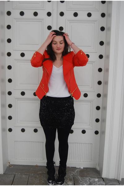 Stardivarius skirt - H&M blouse