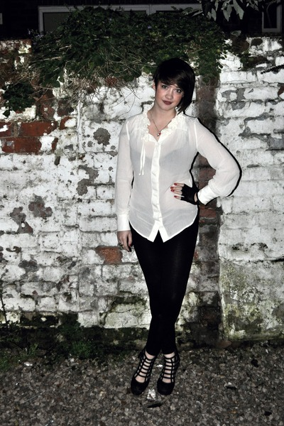 white next blouse - black asos gloves - black new look boots