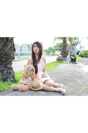 pink pastel dress - white Nine West heels - teddy bear accessories