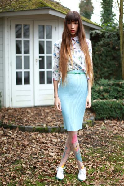 light blue Nat&Tim blouse - bubble gum Daisy Duck tights - light blue Zara skirt