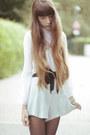 Turquoise-blue-zara-shorts-white-vintage-blouse