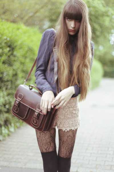 dark brown vintage bag - peach Zara shorts - navy Joy blouse