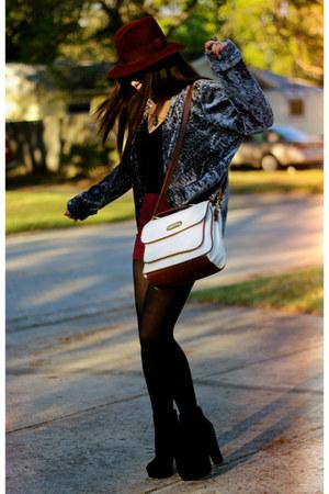 silver crushed velvet vintage coat - black suede platform go jane boots