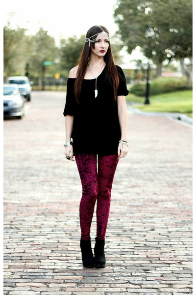 crimson velvet romwe leggings - black wedged urban og boots