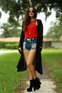Black-suede-platform-urban-og-boots-red-diy-sublime-vintage-shirt