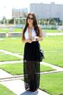 Black-forever-21-boots-black-round-h-m-sunglasses