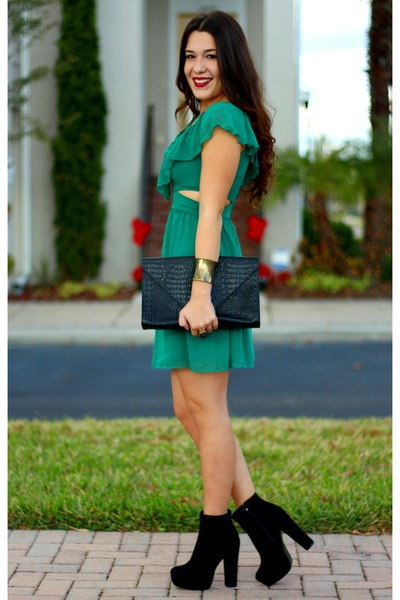 green lulus dress - black Glaze boots - black moc croc clutch Topshop bag