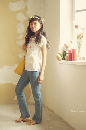 Koogul bag - Armani Exchange jeans - blouse - yellow ethnic sandals