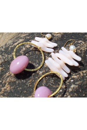 bubble gum Naughty Baubles earrings