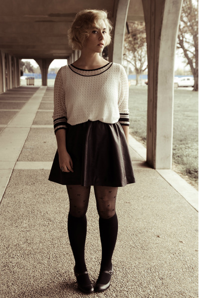 leatherette H&M skirt - lace thrifted sweater