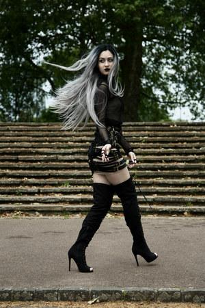 black Lanithro Lomtev skirt - black Lanithro Lomtev ring